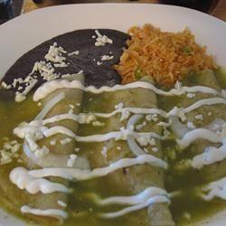 Chicken Enchiladas with Salsa Verde stefanie416