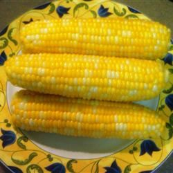 Jamie's Sweet and Easy Corn on the Cob Solie