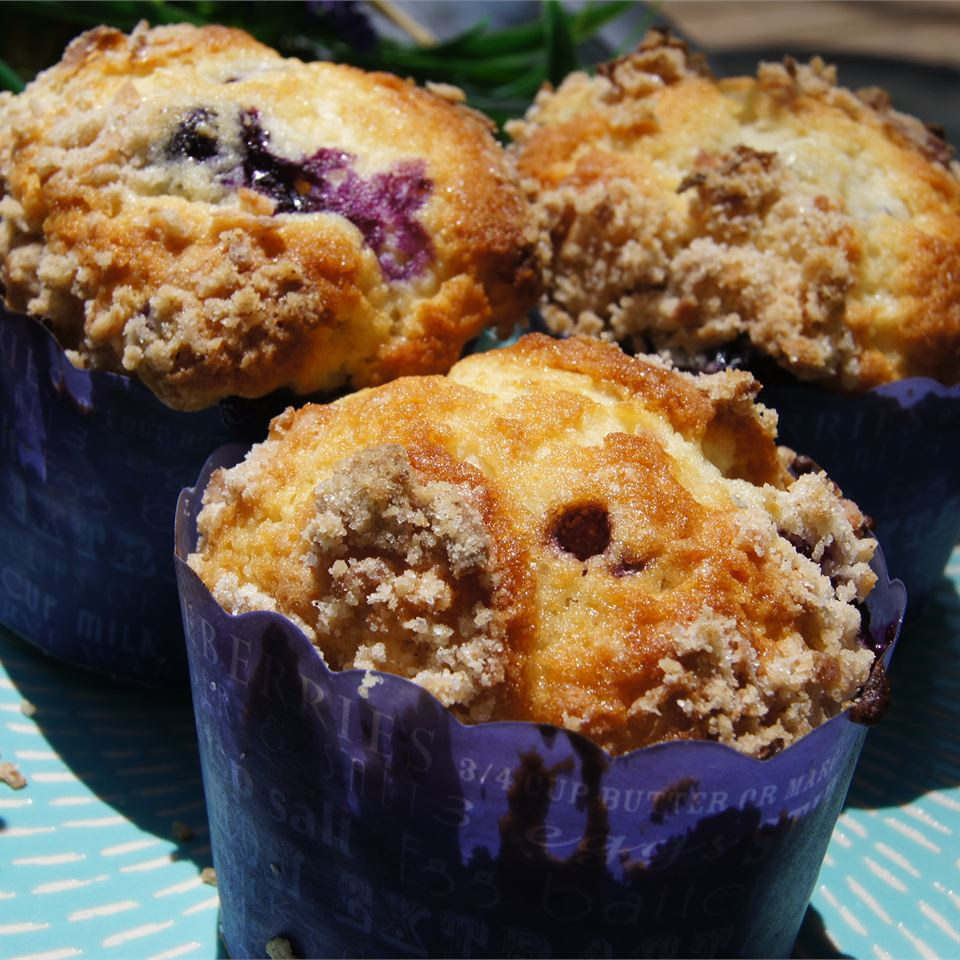 Mango Blueberry Muffins With Coconut Streusel geranium