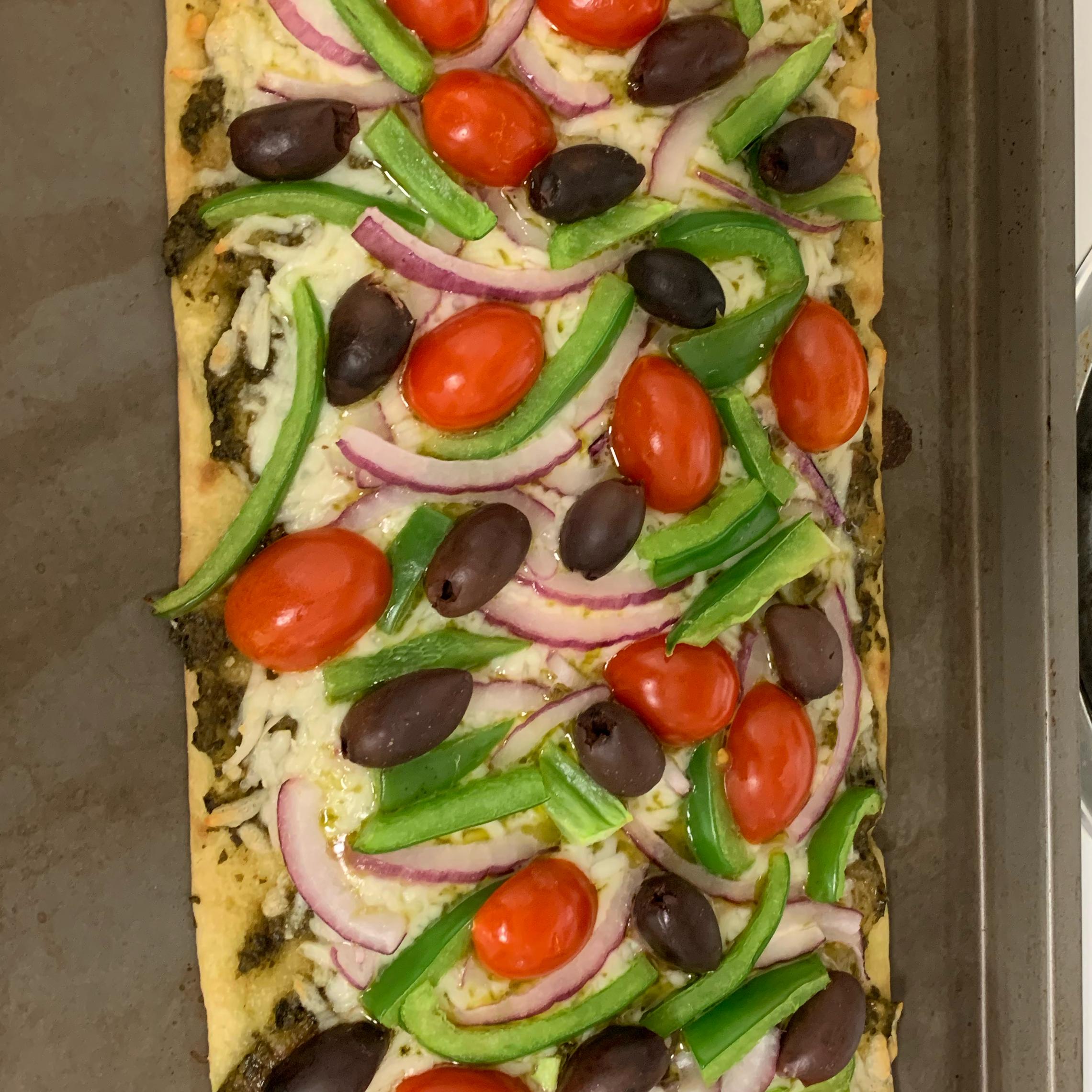 Mediterranean Pesto Pizza cwriter79