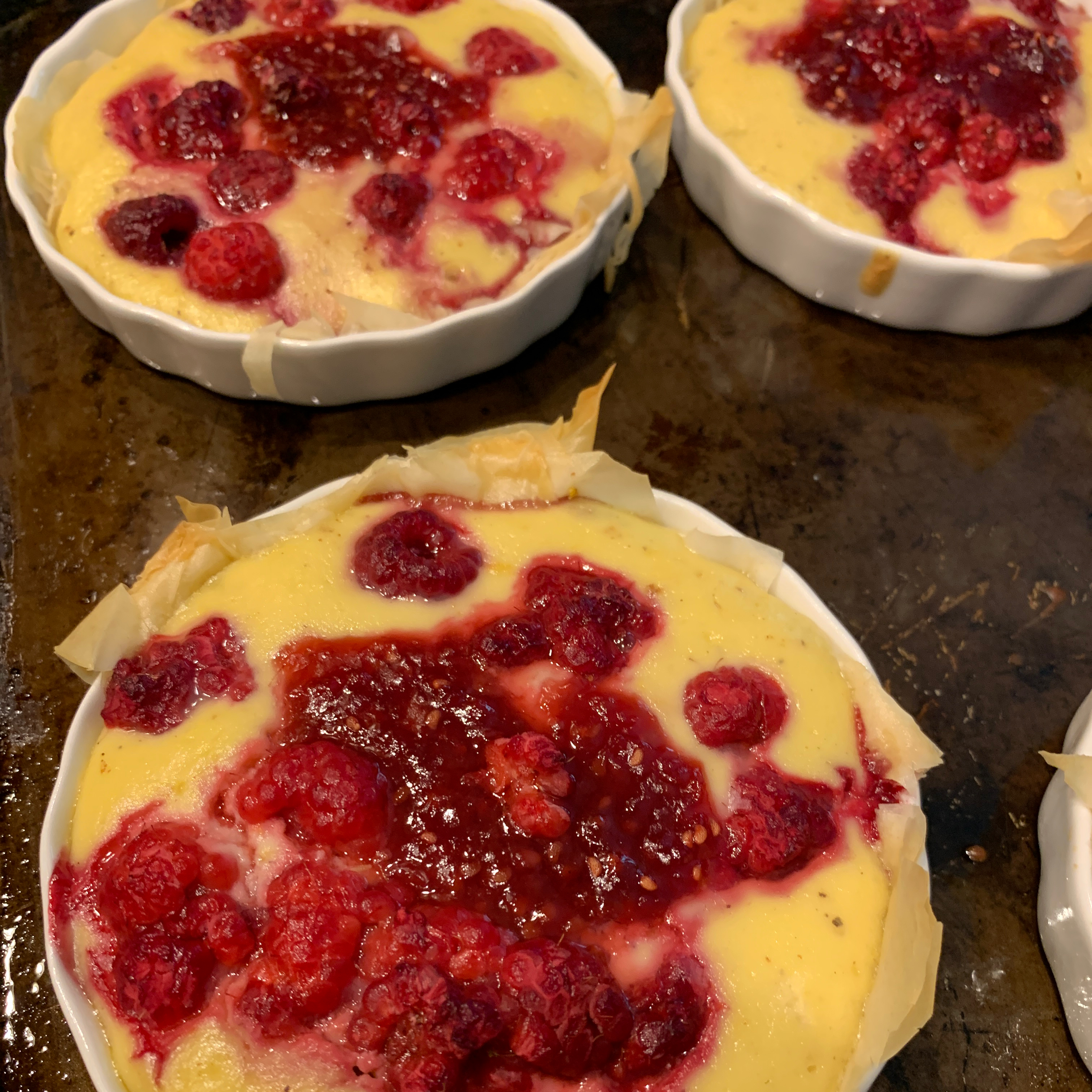Phyllo Tarts with Ricotta and Raspberries bayers