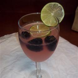 Easy Raspberry Lemonade