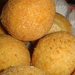 Papas Rellenas (Fried Stuffed Potatoes) alli21