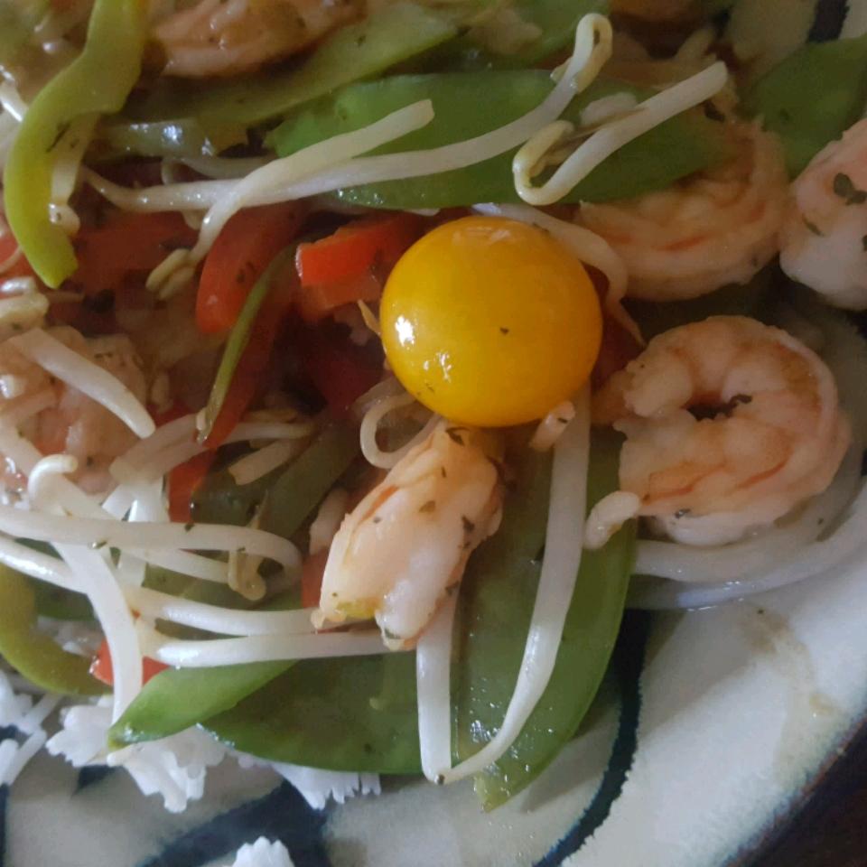 Thai Shrimp and Snow Peas Colleen Seal