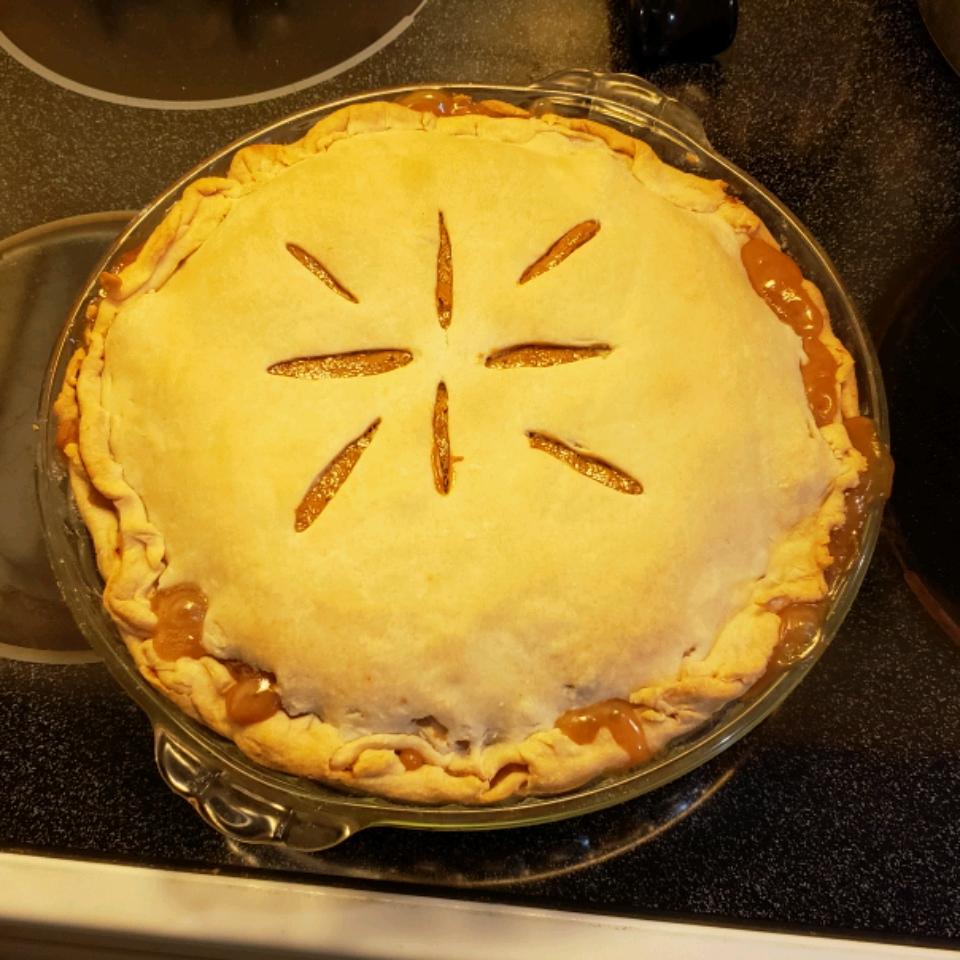 Quick Caramel Apple Pie Rebecca