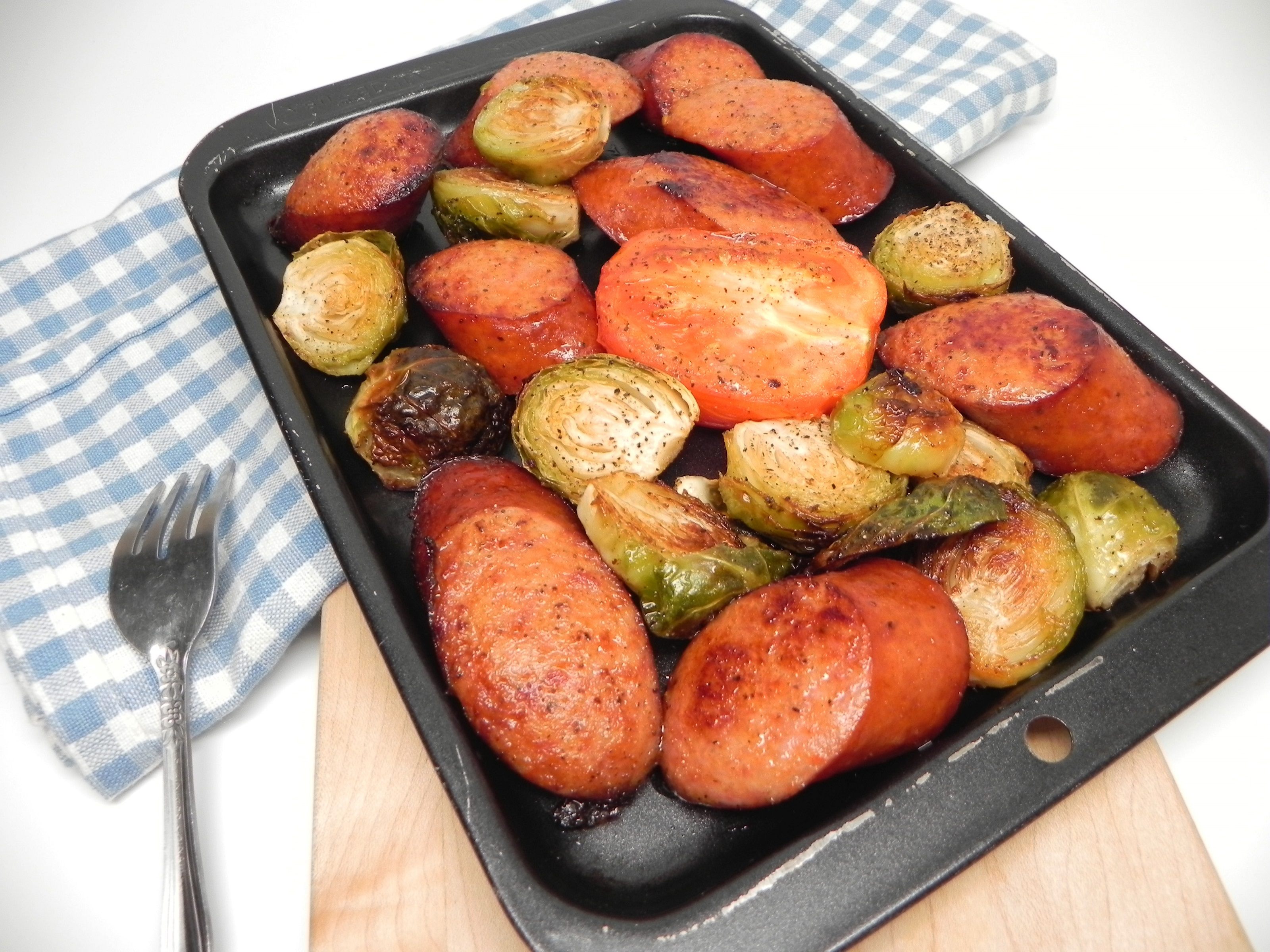 Sheet Pan Keto Chicken Sausage with Roasted Brussels Sprouts and Tomatoes