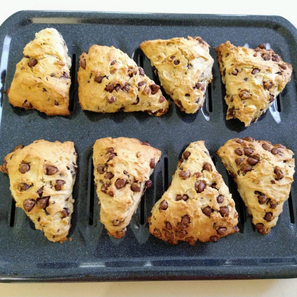 Hazelnut Chocolate Chip Scones