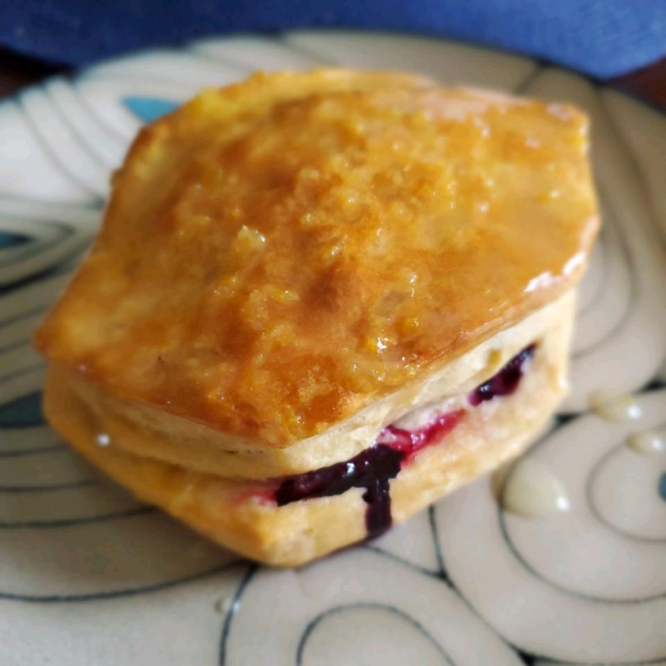 Blueberry-Lemon Breakfast Biscuits