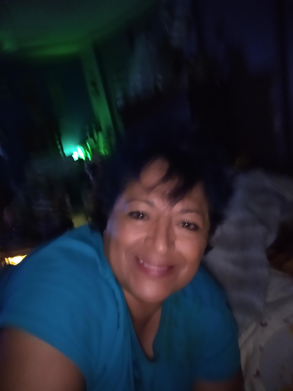 Fantasio Bars Olivia Dacus