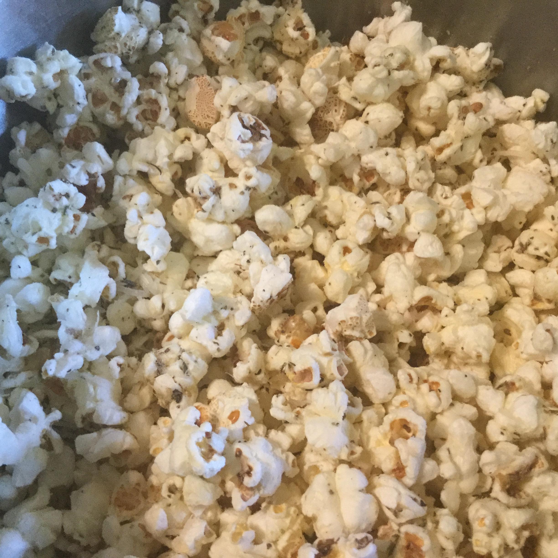 Italian Popcorn with Parmesan LauraRhea