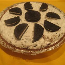 OREO® Triple Layer Chocolate Pie Sammie