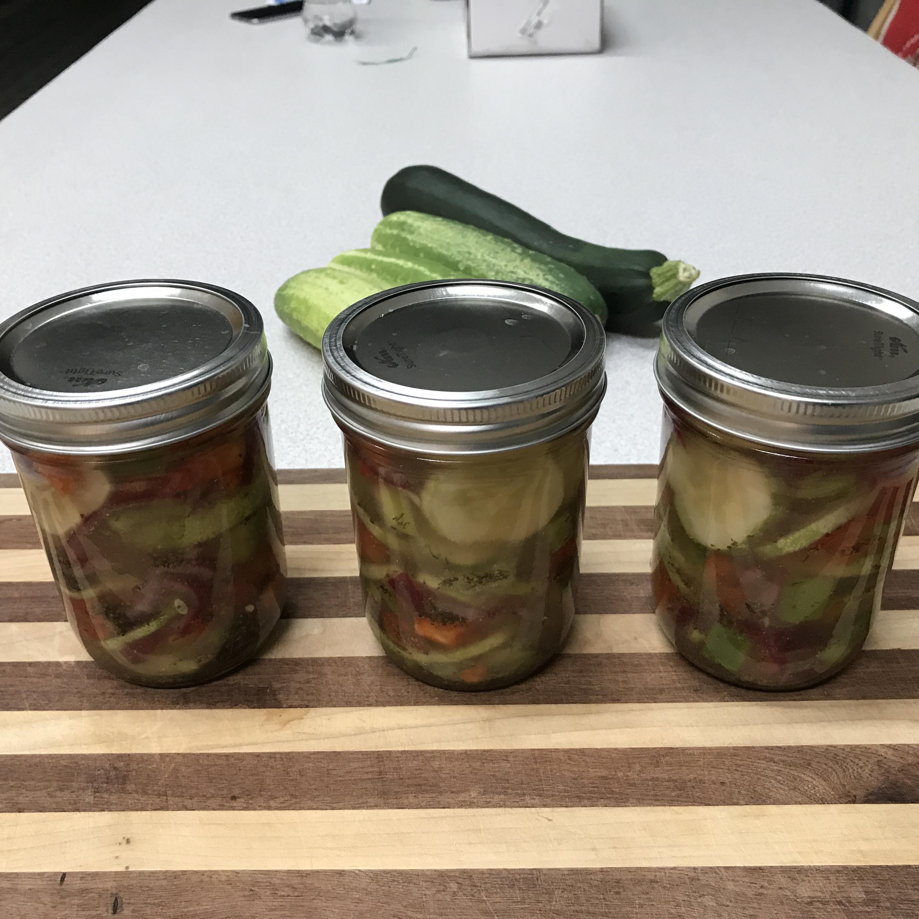 Icebox Pickles Blueshoues