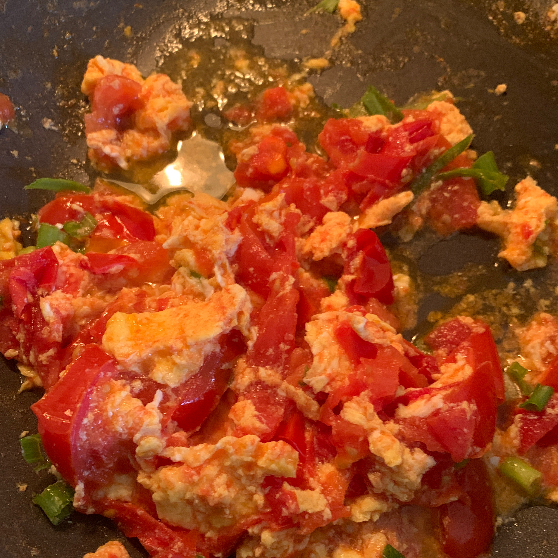 Chinese Stir-Fried Egg and Tomato kimn107