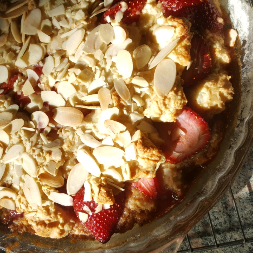 Delicious Strawberry Almond Coffee Cake - A Guilt Free Indulgence! Colleen Seal