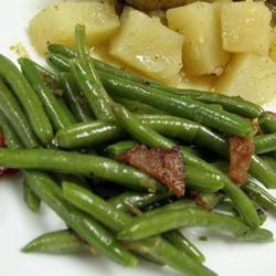 Savory Green Beans MattOlay V-H