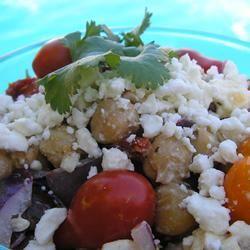 Mediterranean Chickpea Salad I LUCIE H.