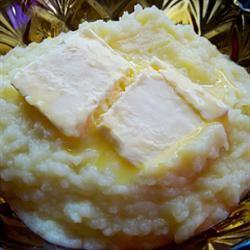 Traditional Mashed Potatoes Roxanne J.R.