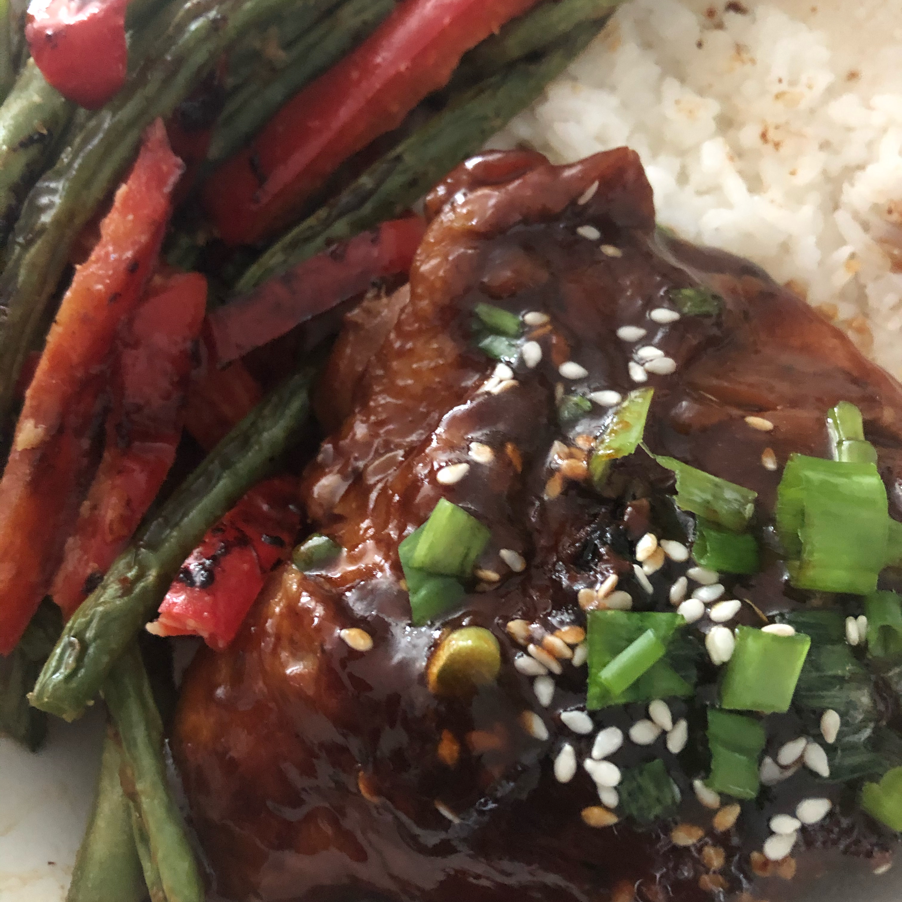 Instant Pot® Garlic-Sesame Chicken Thighs