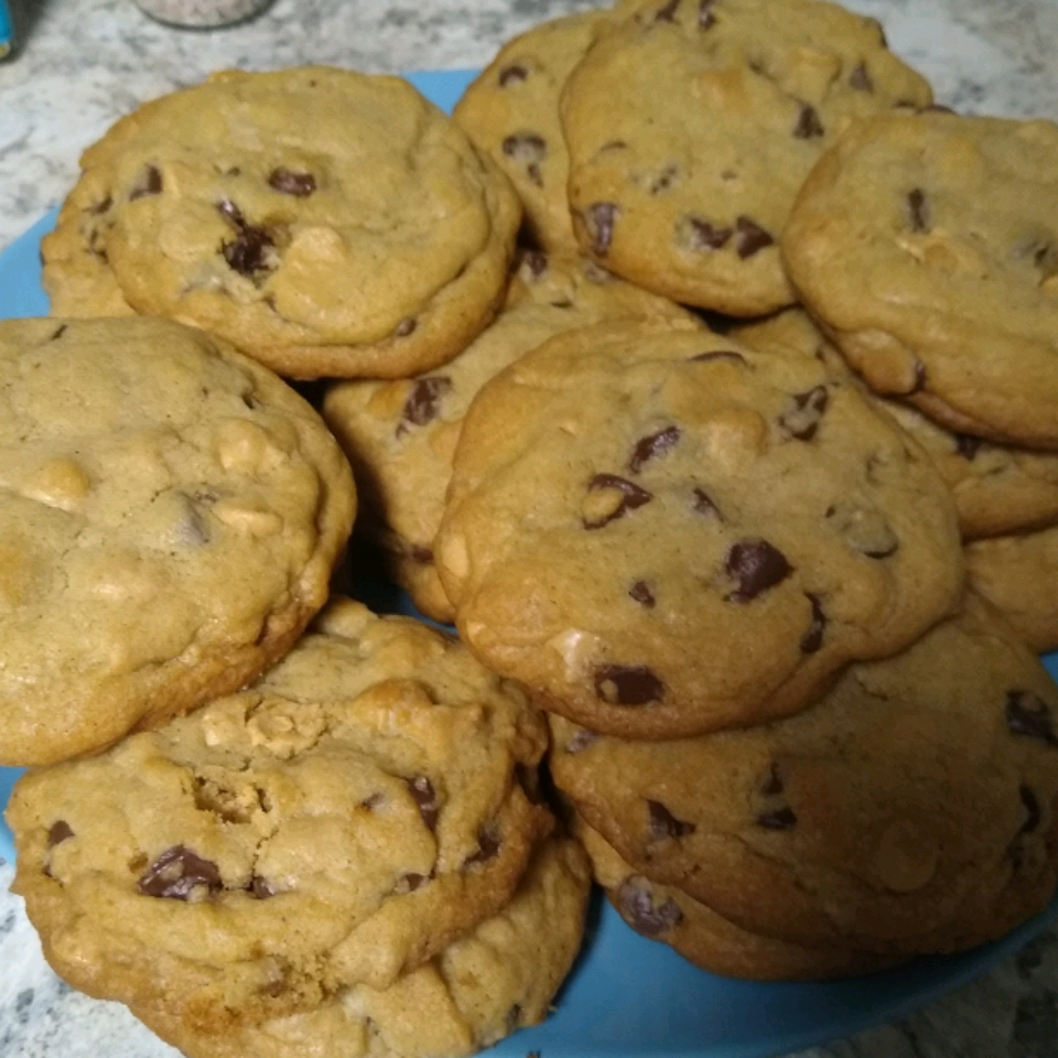 Firefighter's Favorite Chocolate Chip Cookie Lindsay