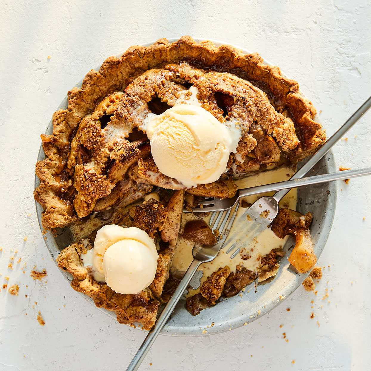 Ginger, cinnamon, cardamom and cloves give this apple pie recipe a bold punch of flavor, and the apple filling is sweetened with honey instead of sugar.Source: EatingWell Magazine, November/December 2017; October 2020 30th Anniversary
