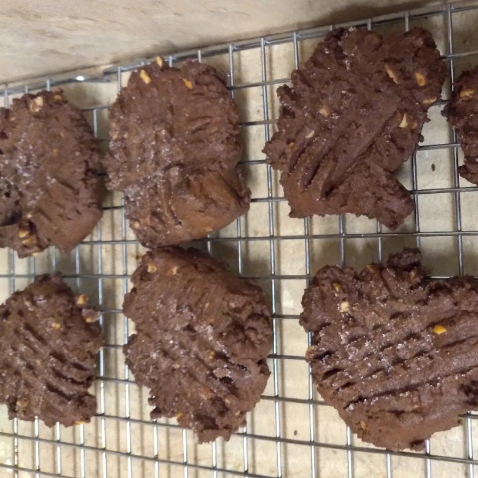 Yummy Chocolate Peanut Butter Cookies casper3110