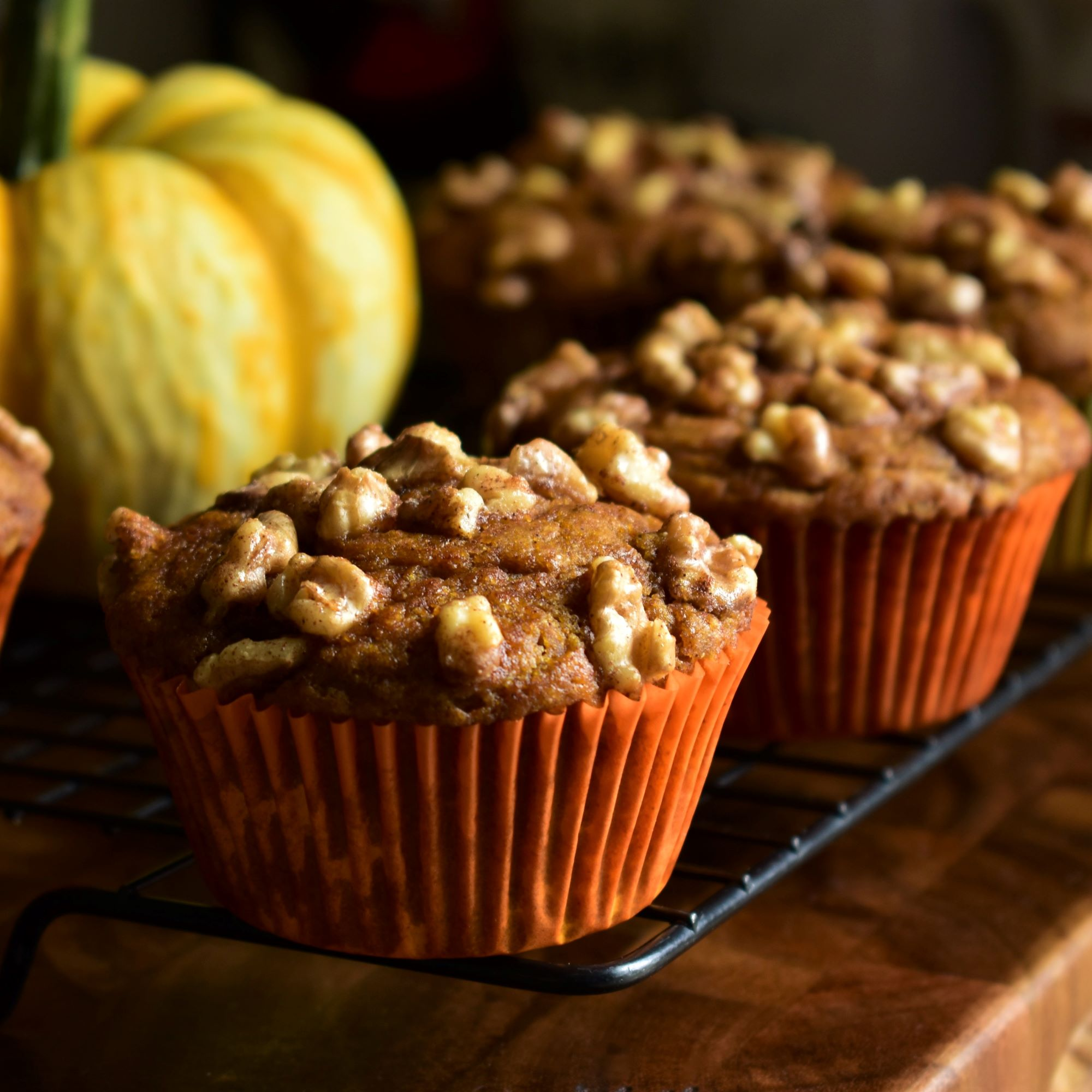 Whole Wheat Pumpkin Coffee Cake Muffins
