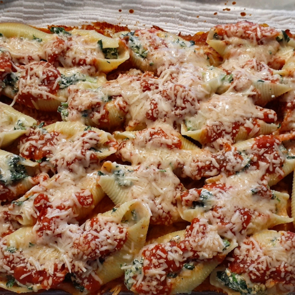 Spinach and Cheese Stuffed Pasta Shells