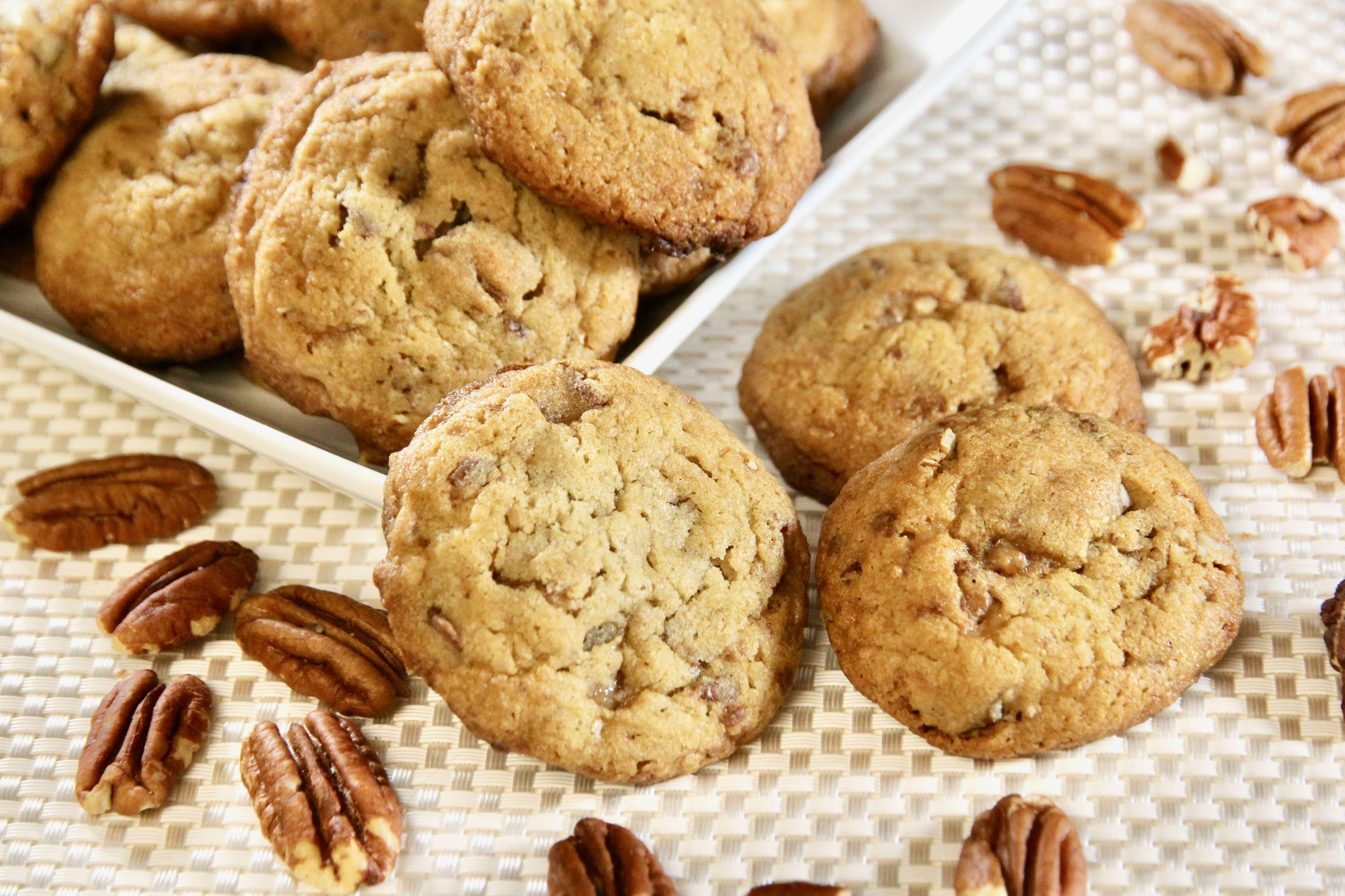 Crunchy Pecan-Toffee Cookies