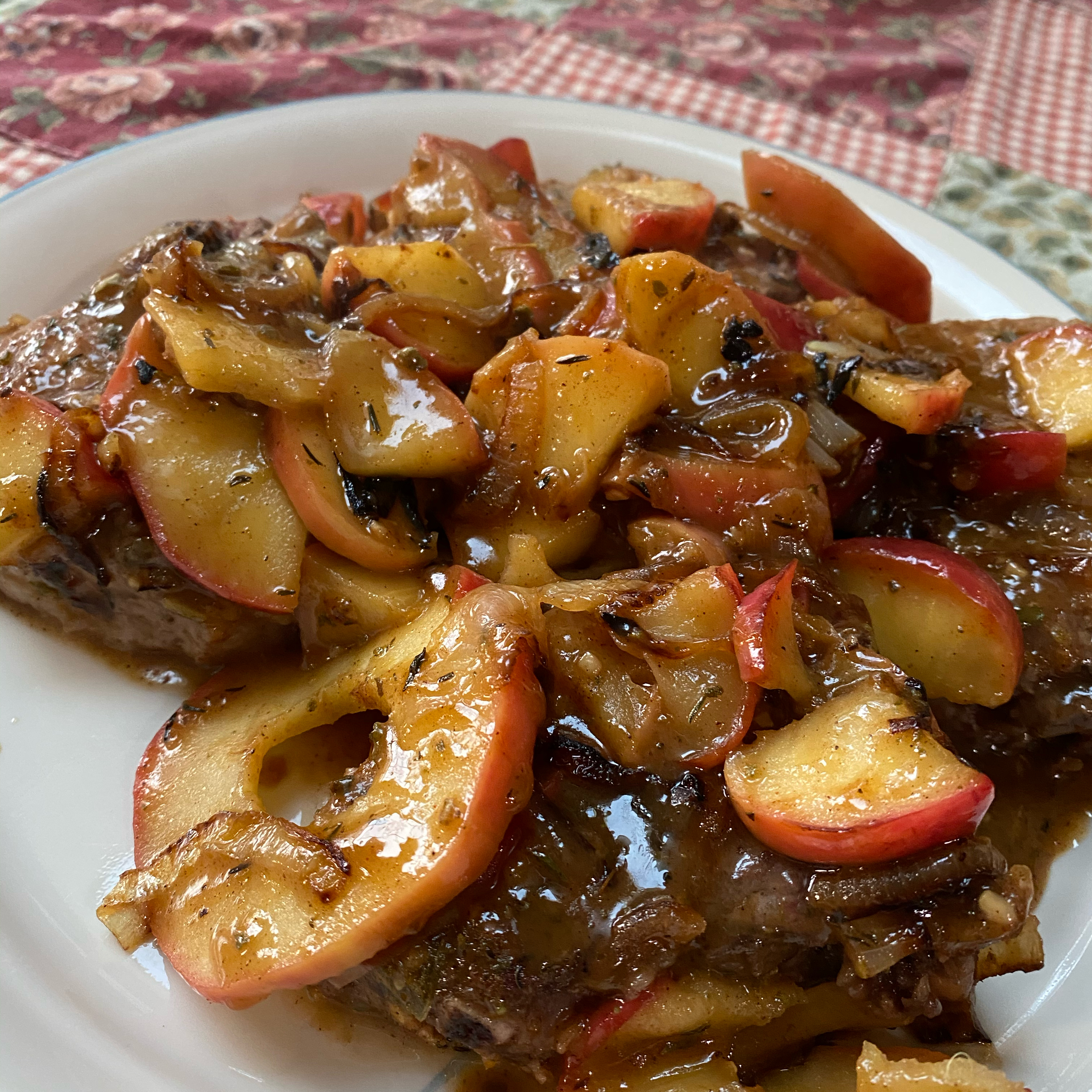Apple-Sage Pork Chops