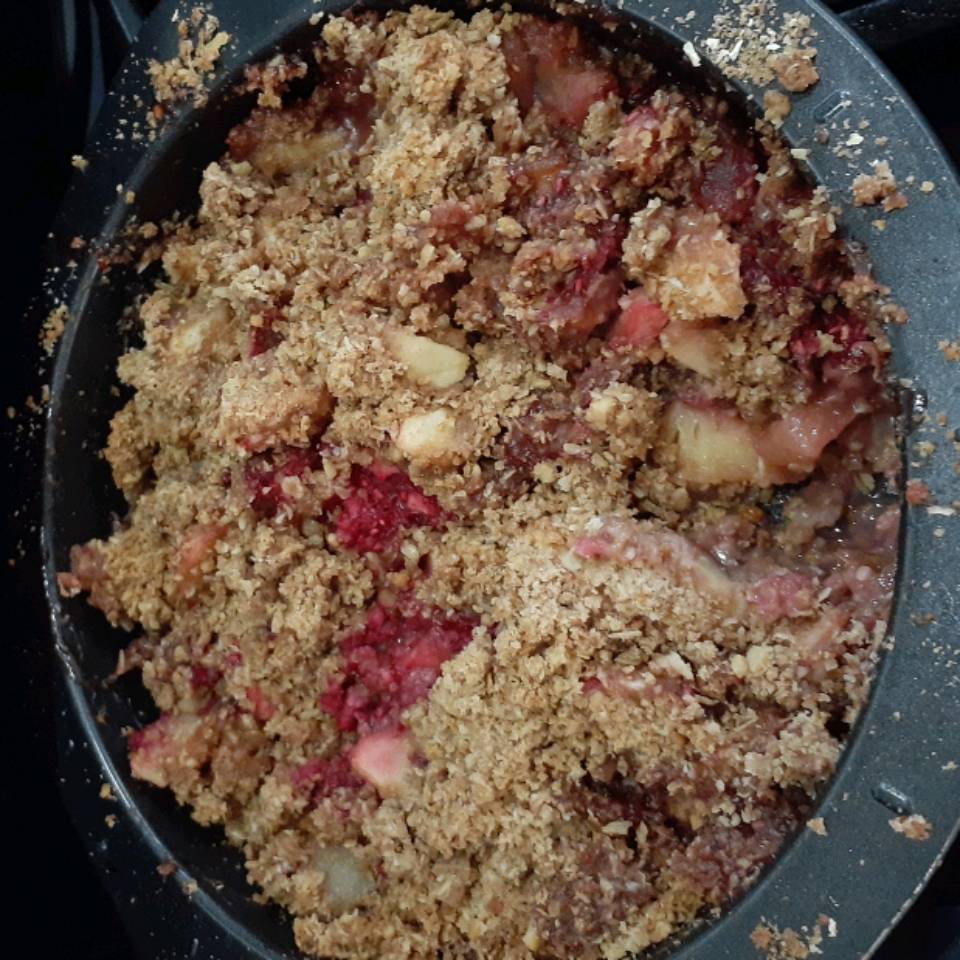 Apple, Cranberry, and Pear Crisp