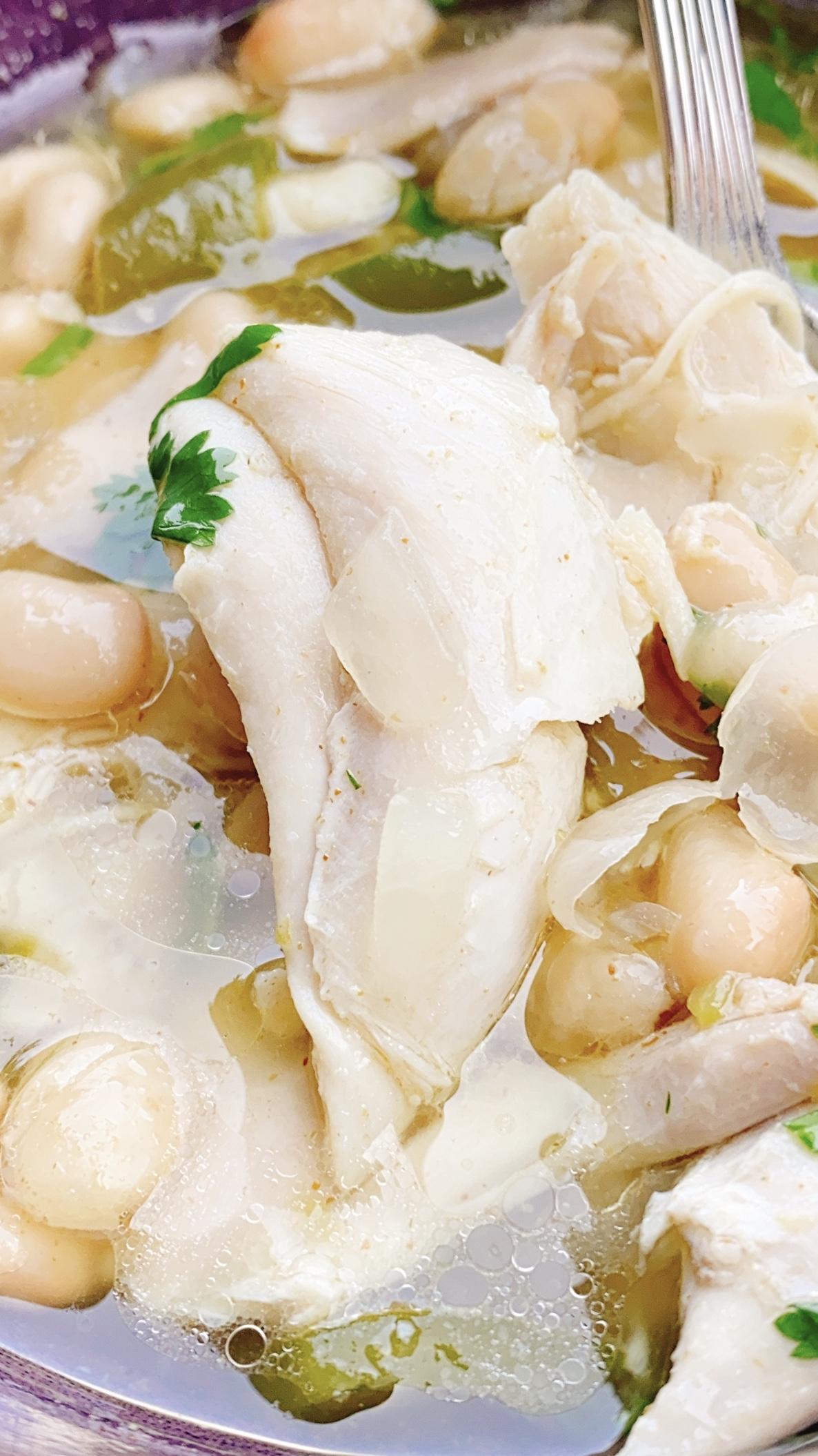 Dutch Oven White Chicken Chili