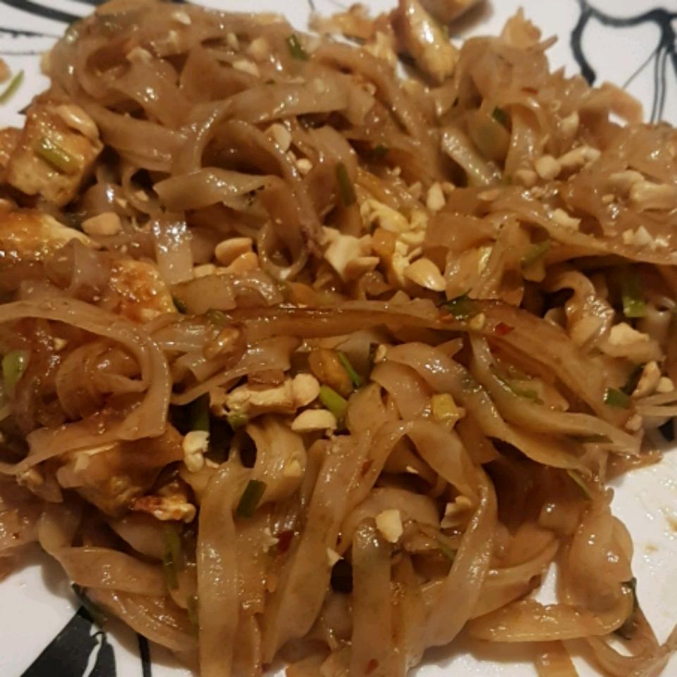 Pad Thai with Tofu Narayan Sharaff