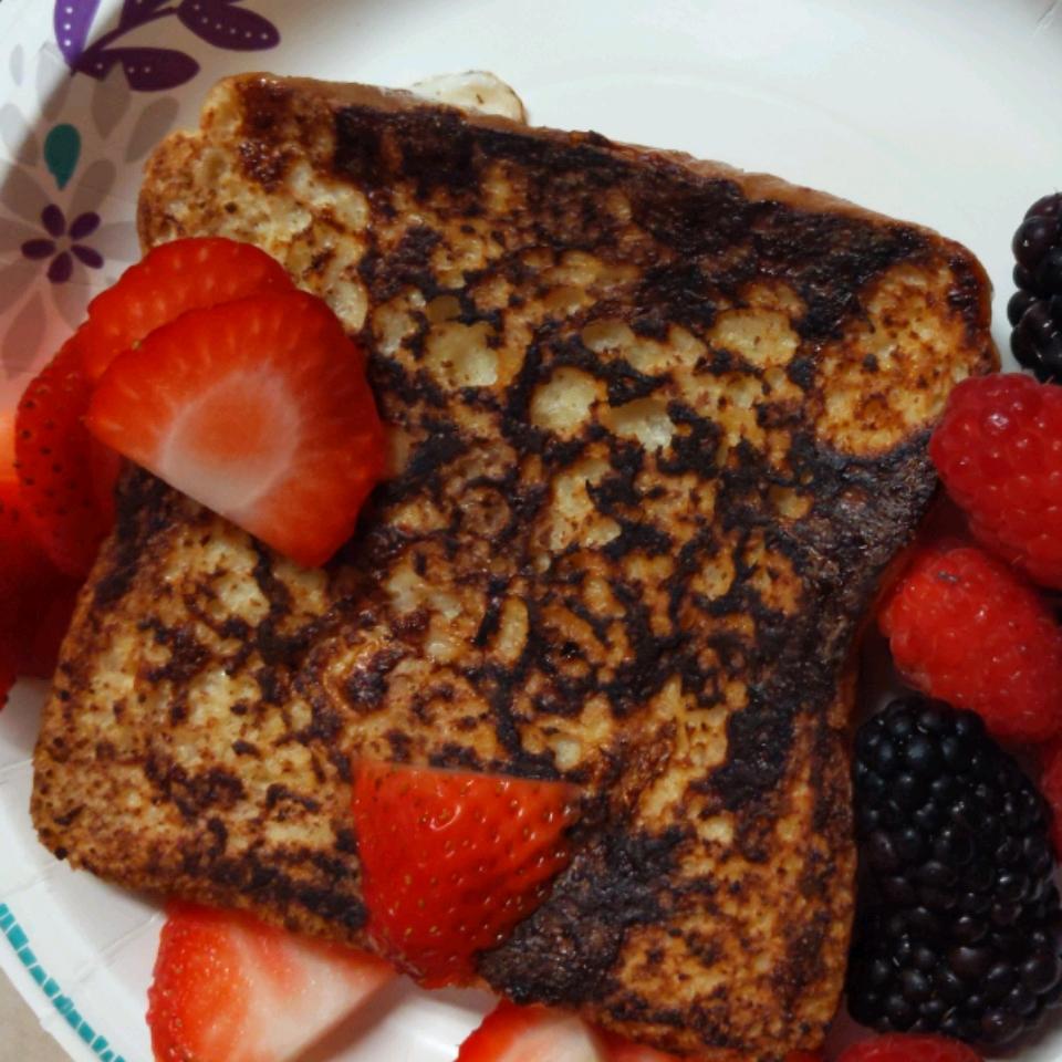 Vanilla-Almond Spiced French Toast Petra