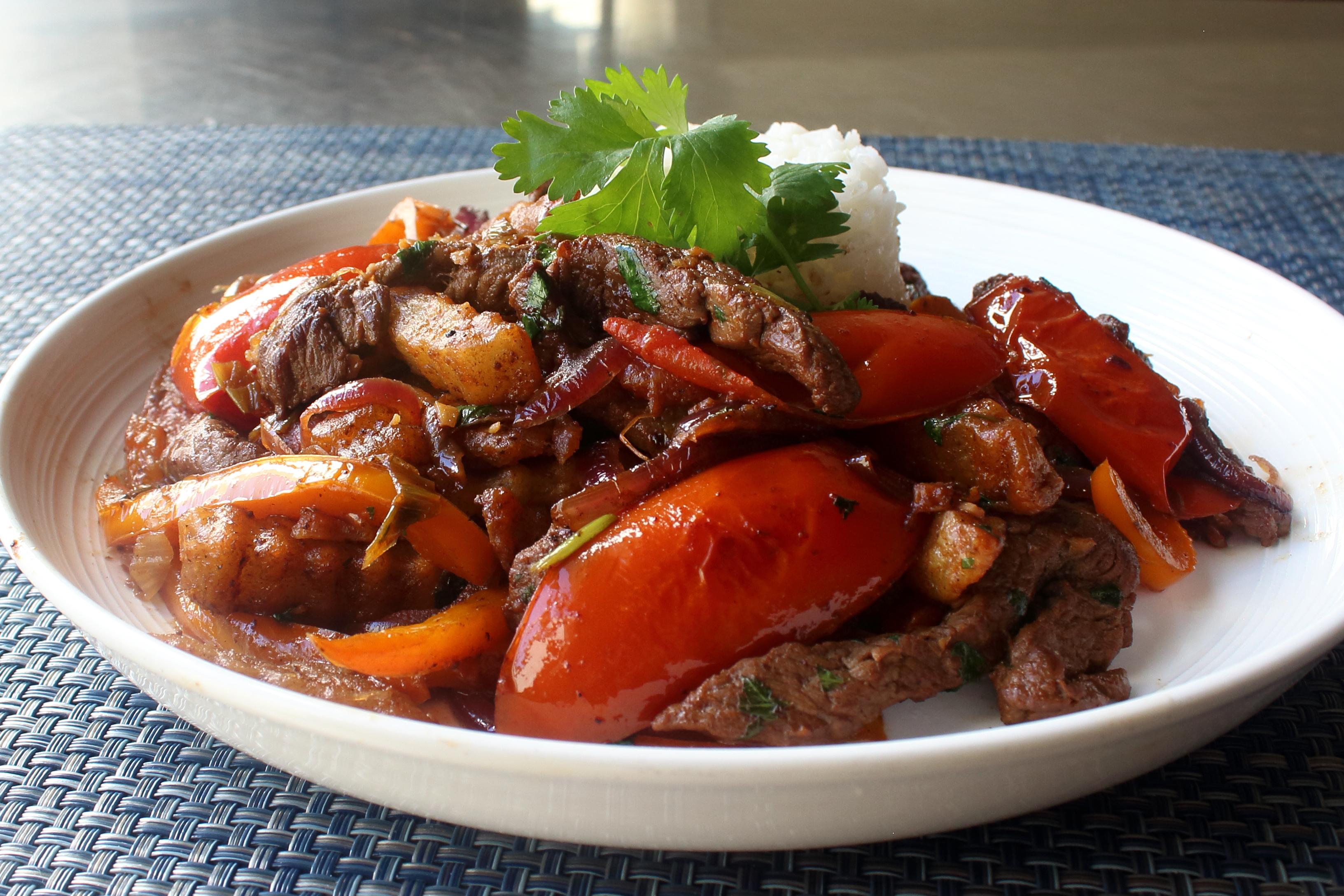 Lomo Saltado (Peruvian Steak Stir-Fry)