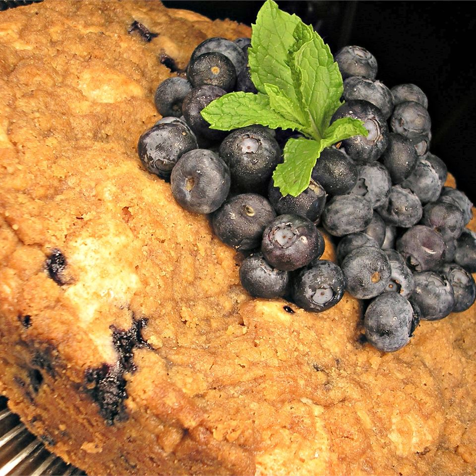 Heirloom Blueberry Cake Lori