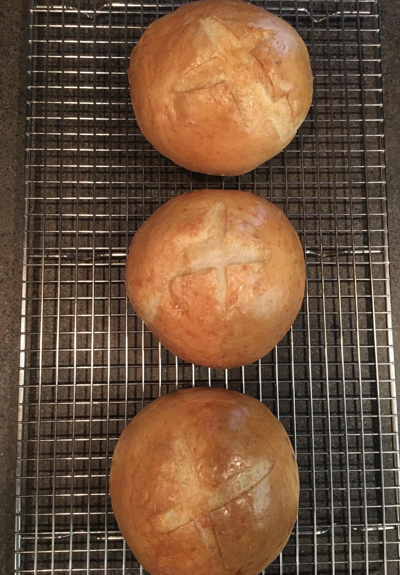 Italian Bread Bowls RBee