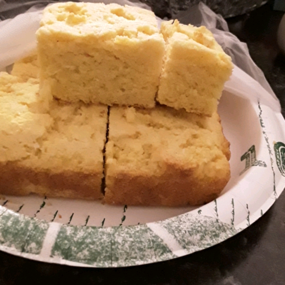 Can't-Tell-It's-Gluten-Free Corn Bread