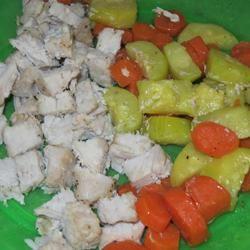 Foil-Baked Pork Chops and Veggies Kinerson123