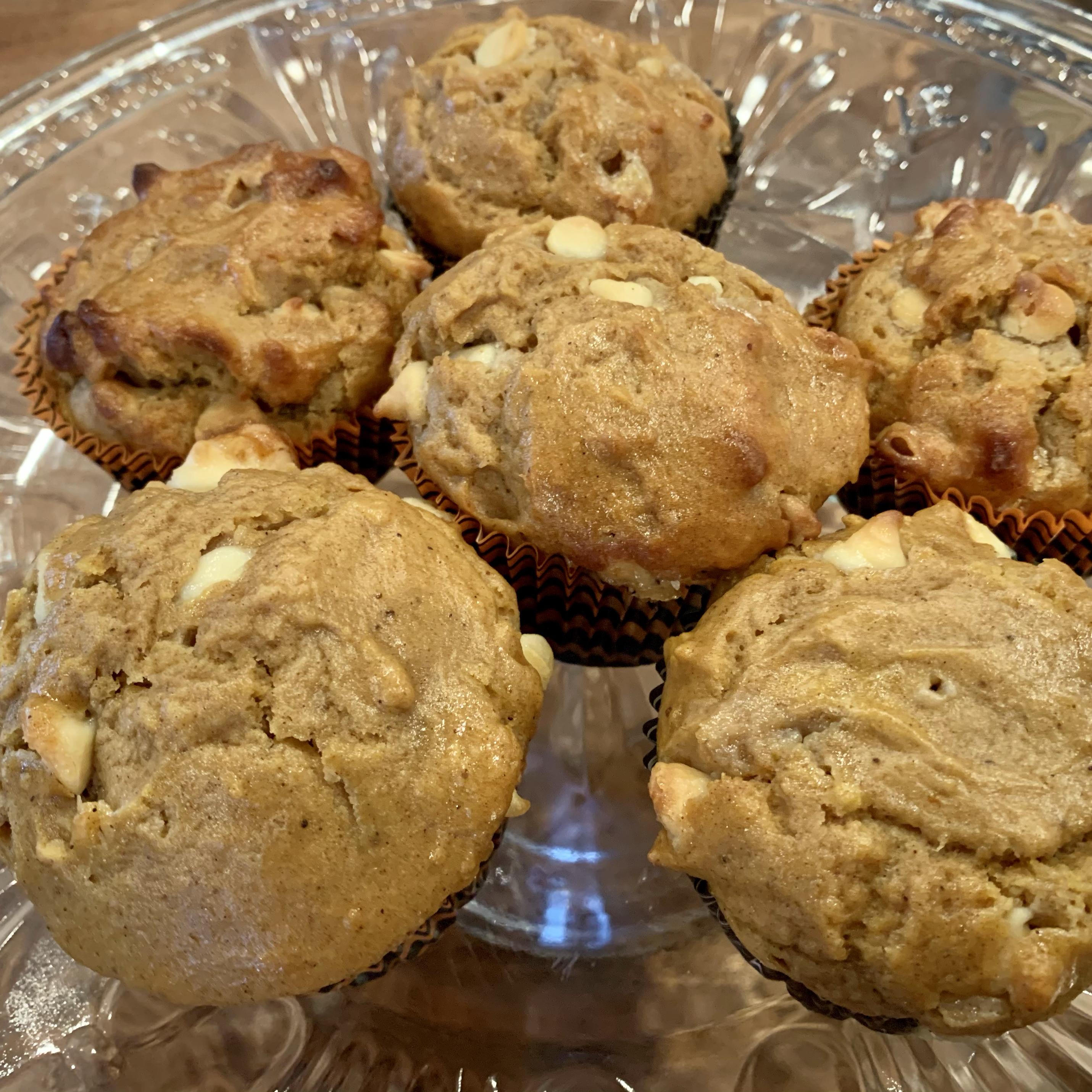 White Chocolate Pumpkin Spice Muffins