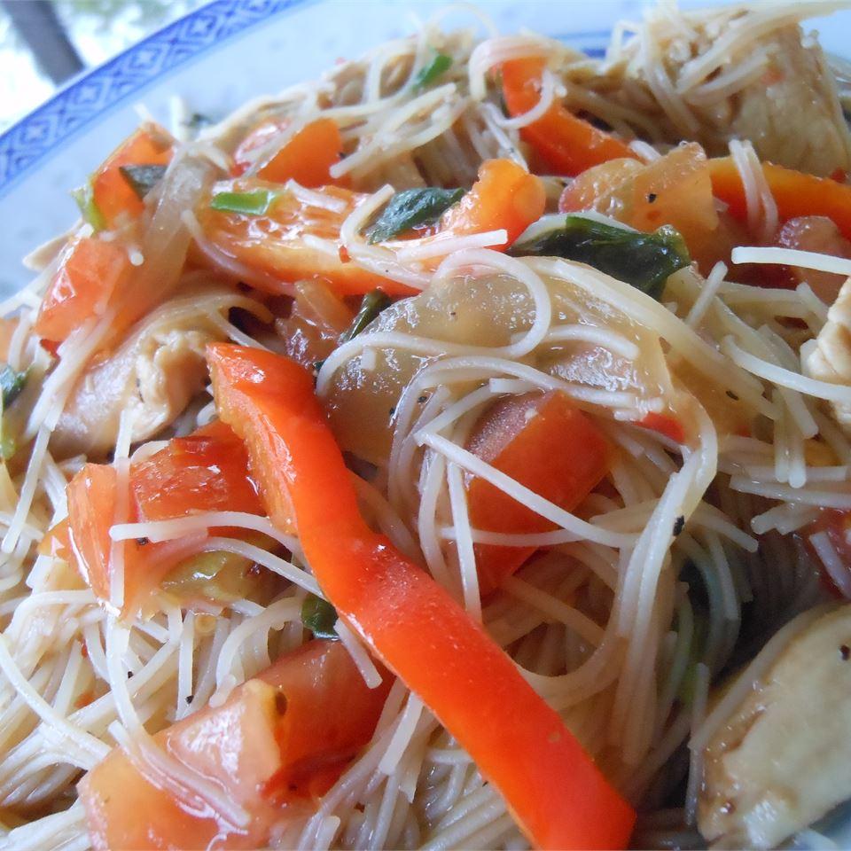 Pad Kee Mow (Drunkard's Noodles) SunnyDaysNora