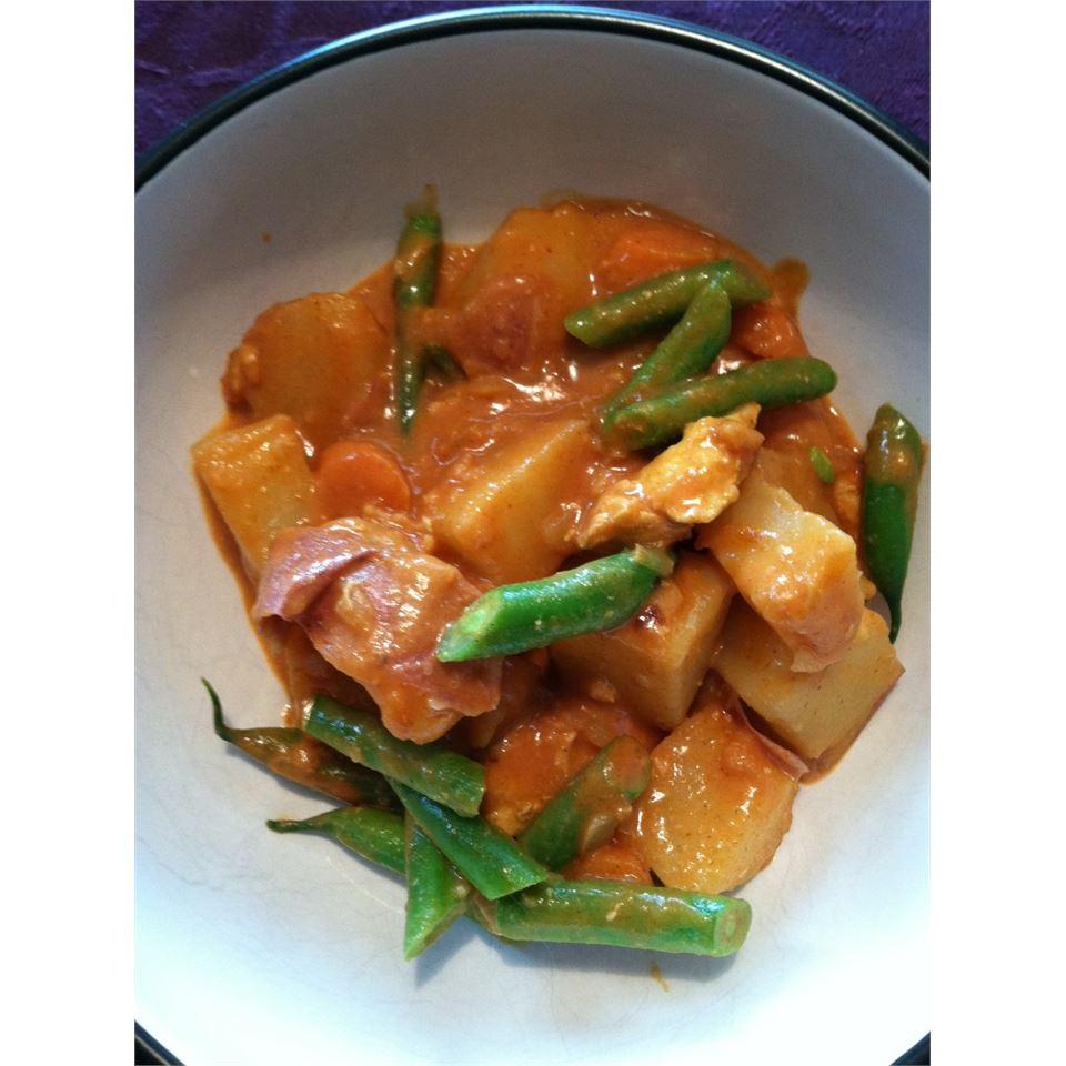 Chicken Navratan Curry (Indian) Sheri O.