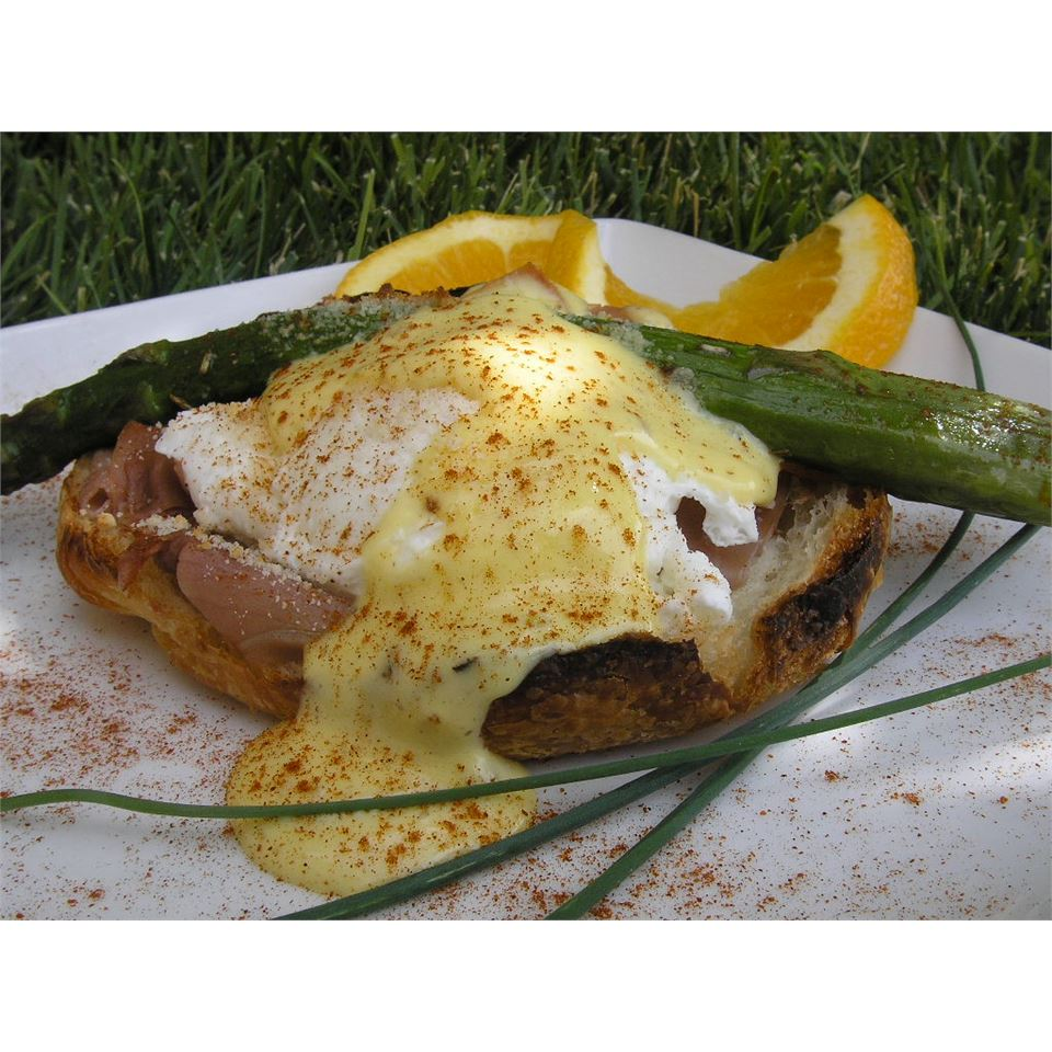 Honeymoon Eggs Benedict mauigirl