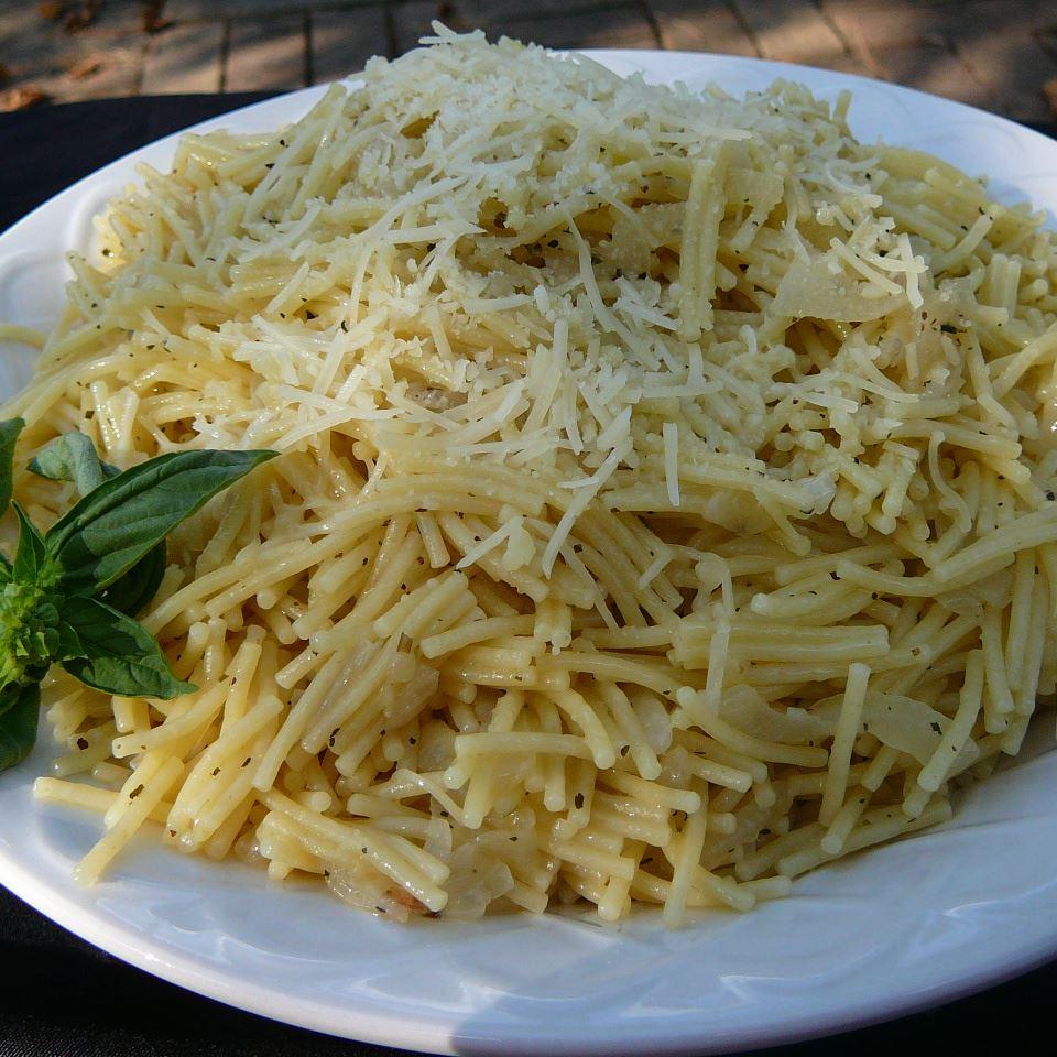 Onion Pasta Molly