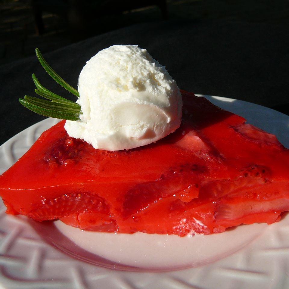 No Crust Strawberry Pie Molly