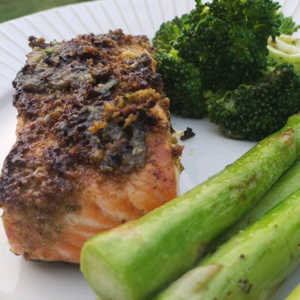 Grilled Salmon With Pesto Crust Richlyblessed78