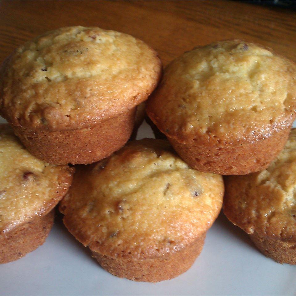 Fresh Cranberry Muffins