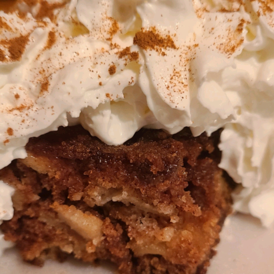 Grandma's Fresh Apple Cake
