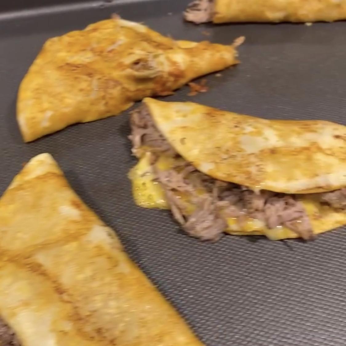 Birria de Res Tacos (Beef Birria Tacos)