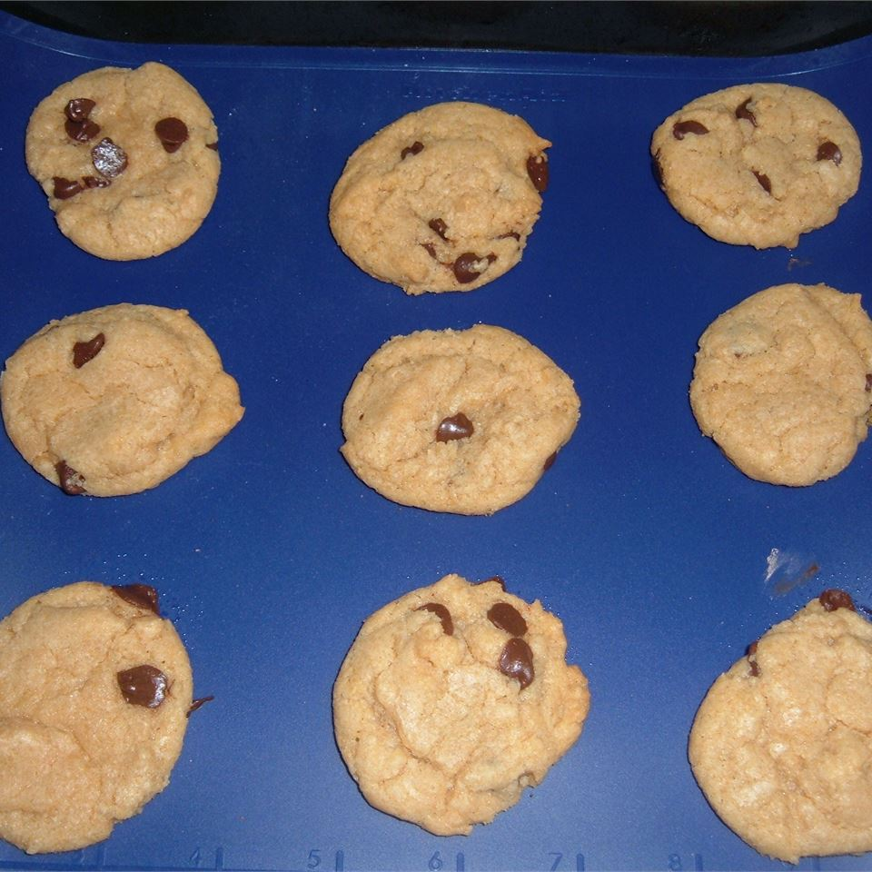 The Perfect Chocolate Chip Cookie BatMom