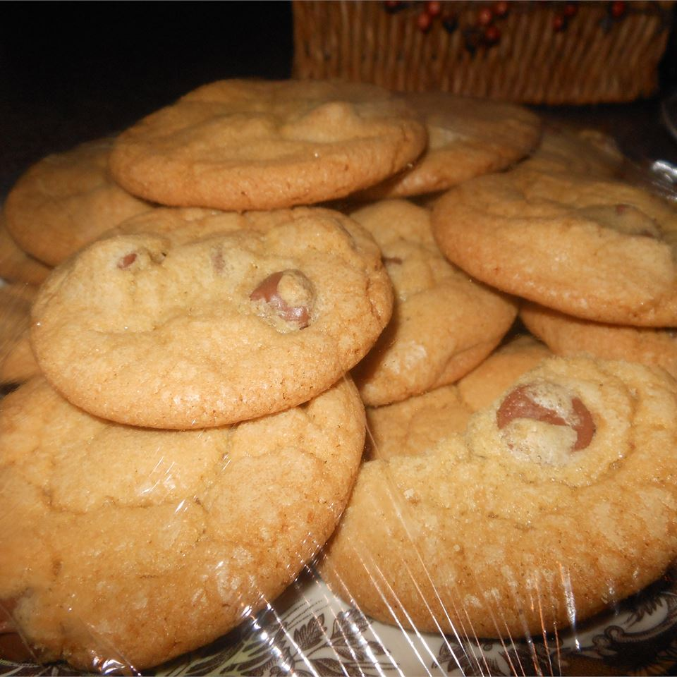 No-Fail Chocolate Chip Cookies asummergirl